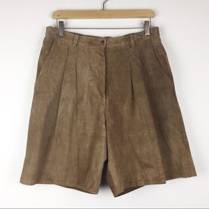 Vintage high waisted shorts leather brown suede
